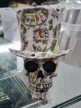 Load image into Gallery viewer, Top Hat Skull