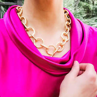 Blythe Chain Link T-Bar Necklace in Matte Gold