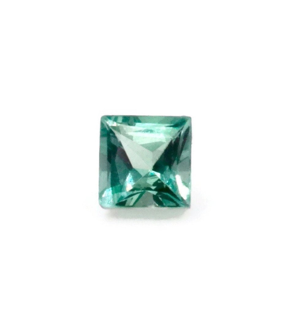 Natural Alexandrite Certify Alexandrite June birthstone Alexandrite Gemstone DIY Jewelry Supplies color changing SQ 4m 0.27ct SKU:113093-Alexandrite-Planet Gemstones