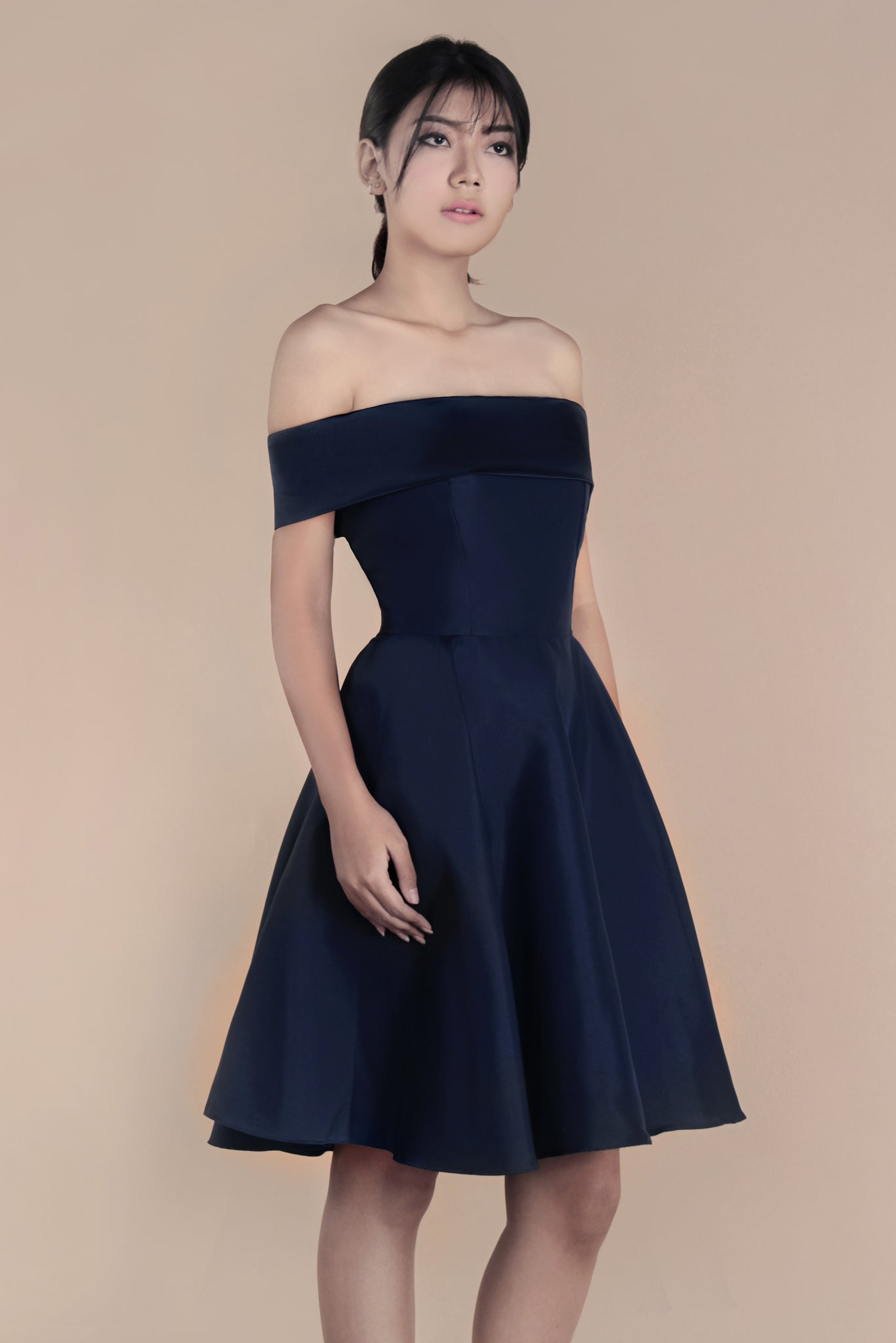 Selena dress in navy