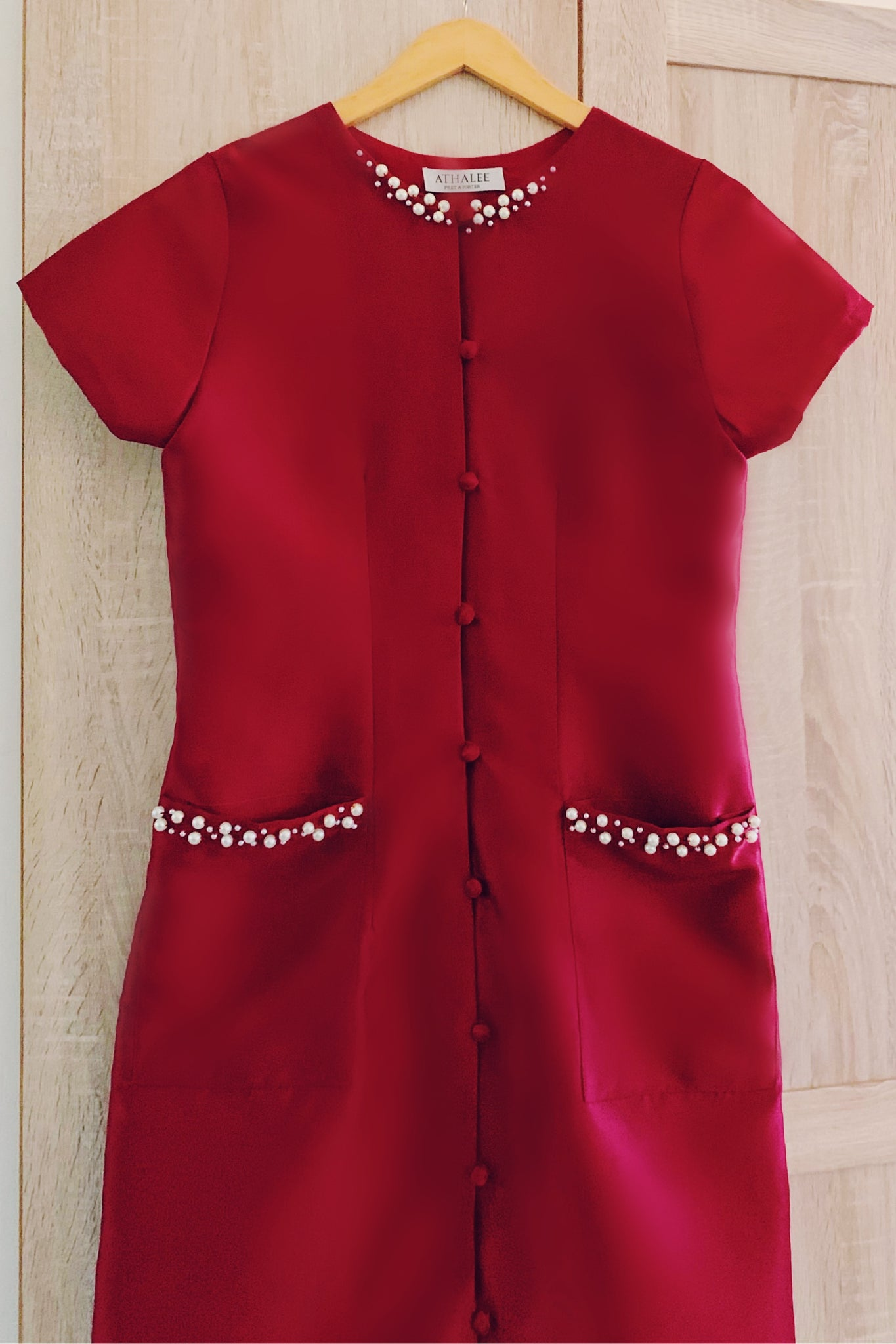 Hill dress in maroon