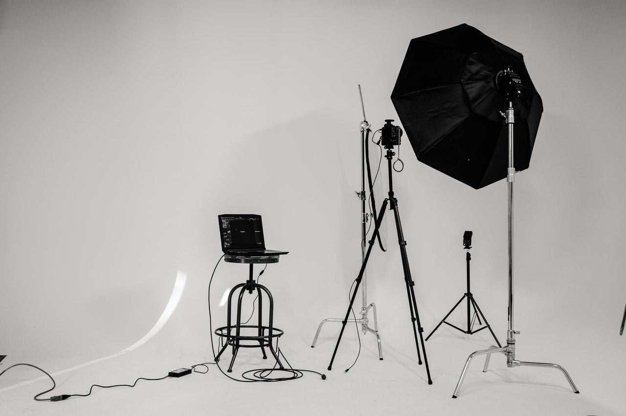 Ring Light Vs Softbox Light – Which is better