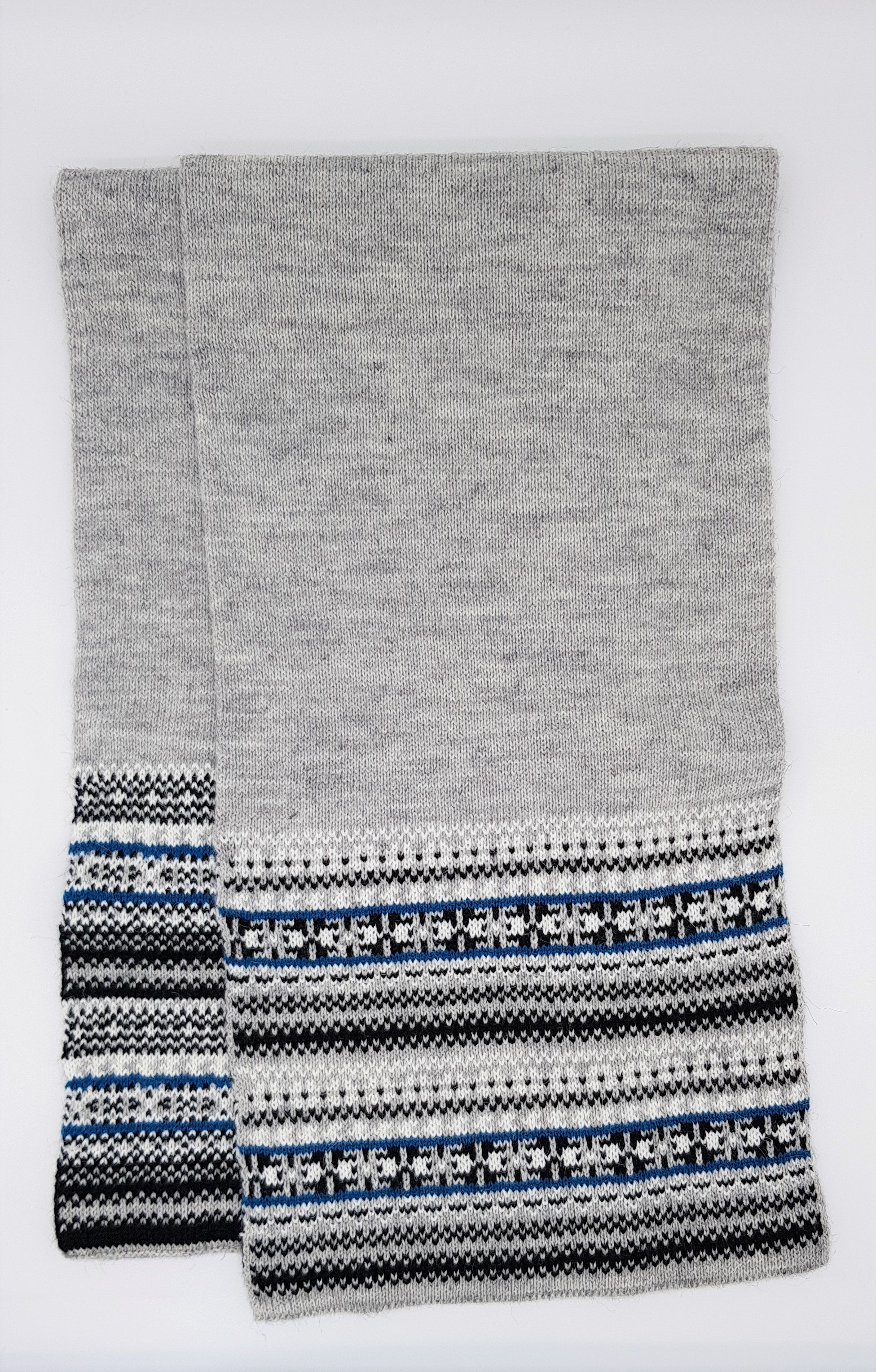 Nordic scarf - Grey, black and blue