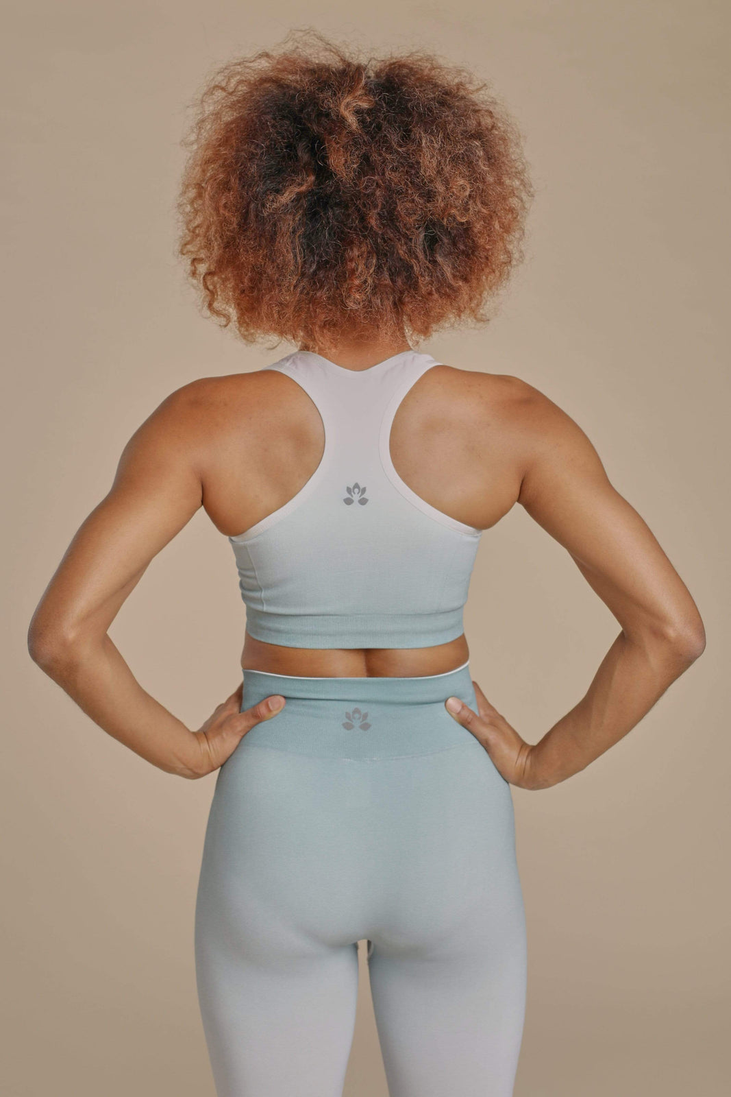 Seamless Ombré Set in Rising Lotus Seamless Ombré Set
