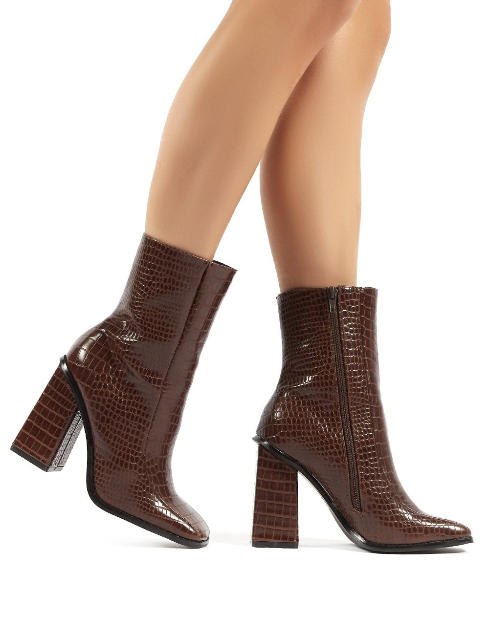 slick chocolate croc square toe block heeled ankle boots - us 5