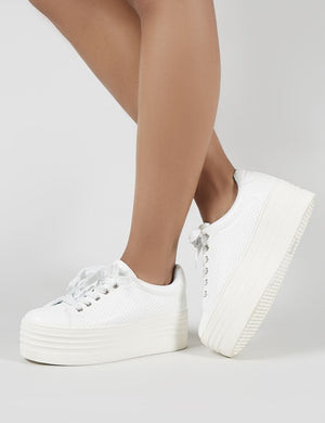 Nori Flatform Trainers in White