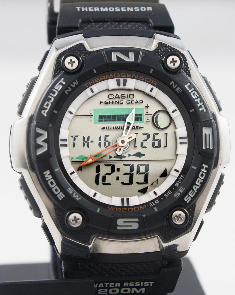 Casio AQW-101-1AV Mens Watch Thermometer Fishing Gear Moon Data NEW