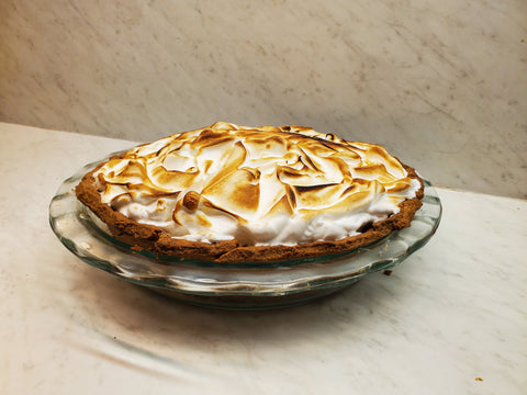 Lemon Meringue Pie (25cm - 8 large slices)