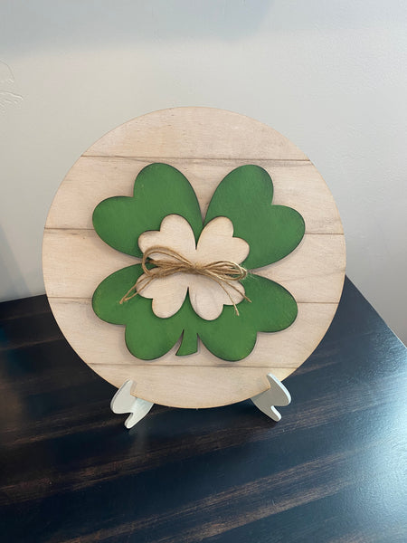"Shamrock 10"" round with easel"