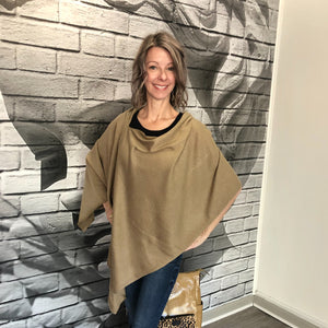 Jane Doe Classic Poncho in Tobacco