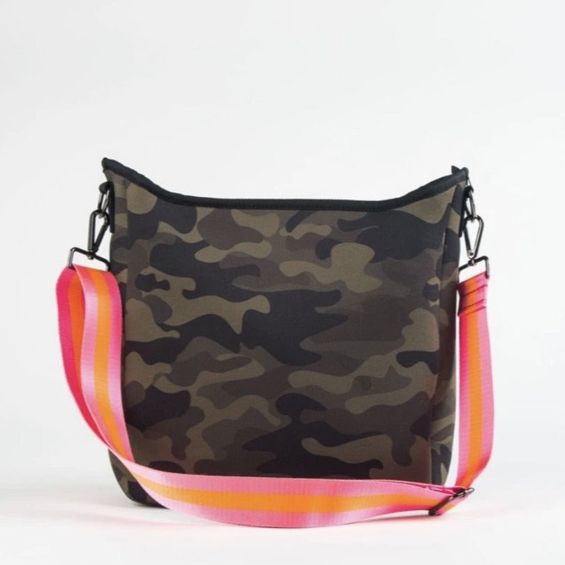 Blake Crossbody in Showoff