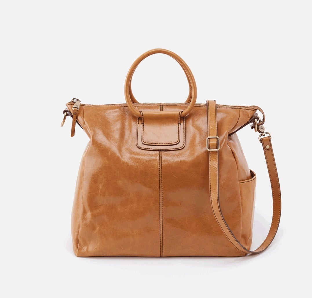 Sheila Hobo Travel Bag in Honey