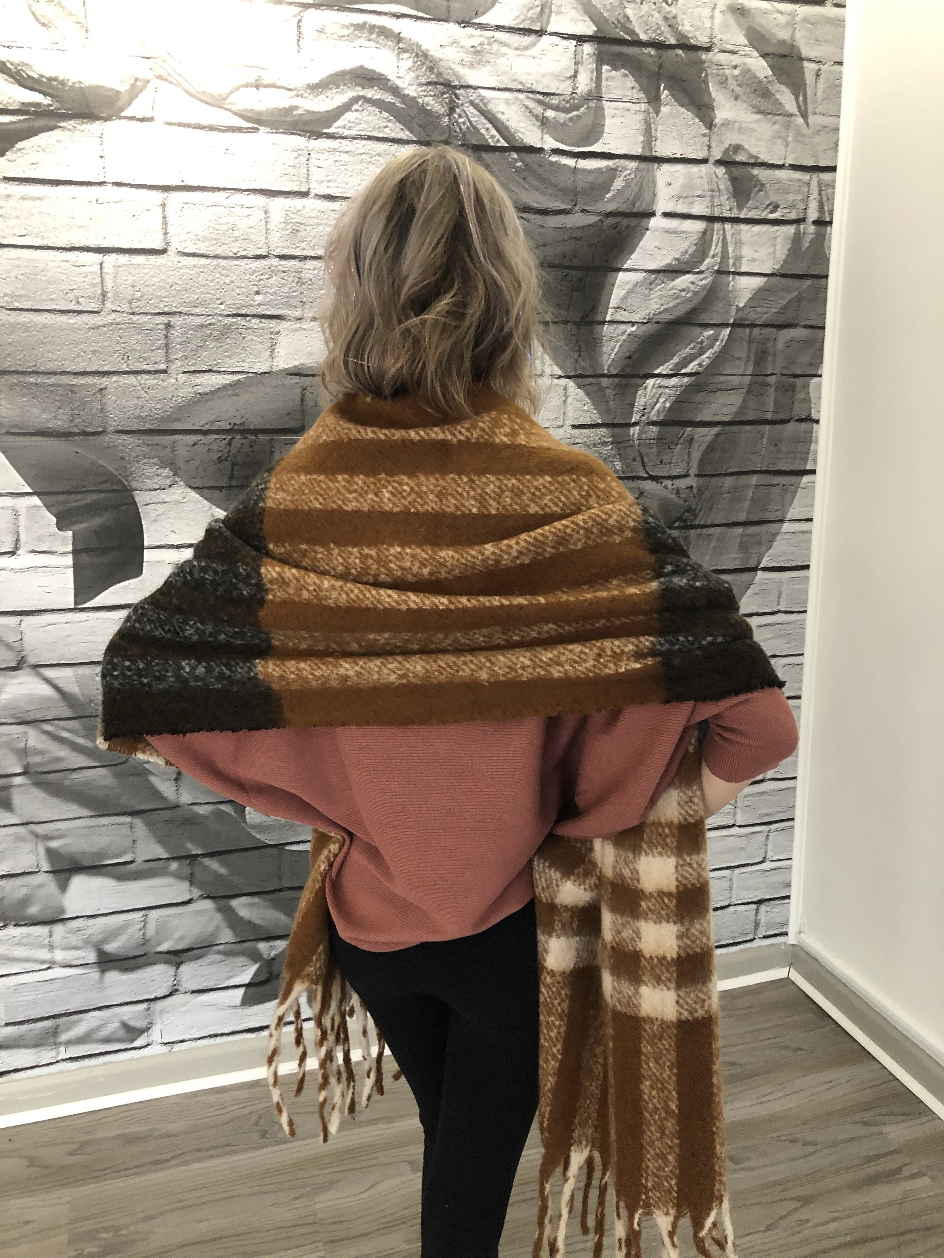 Ortega Scarf in Cedarwood