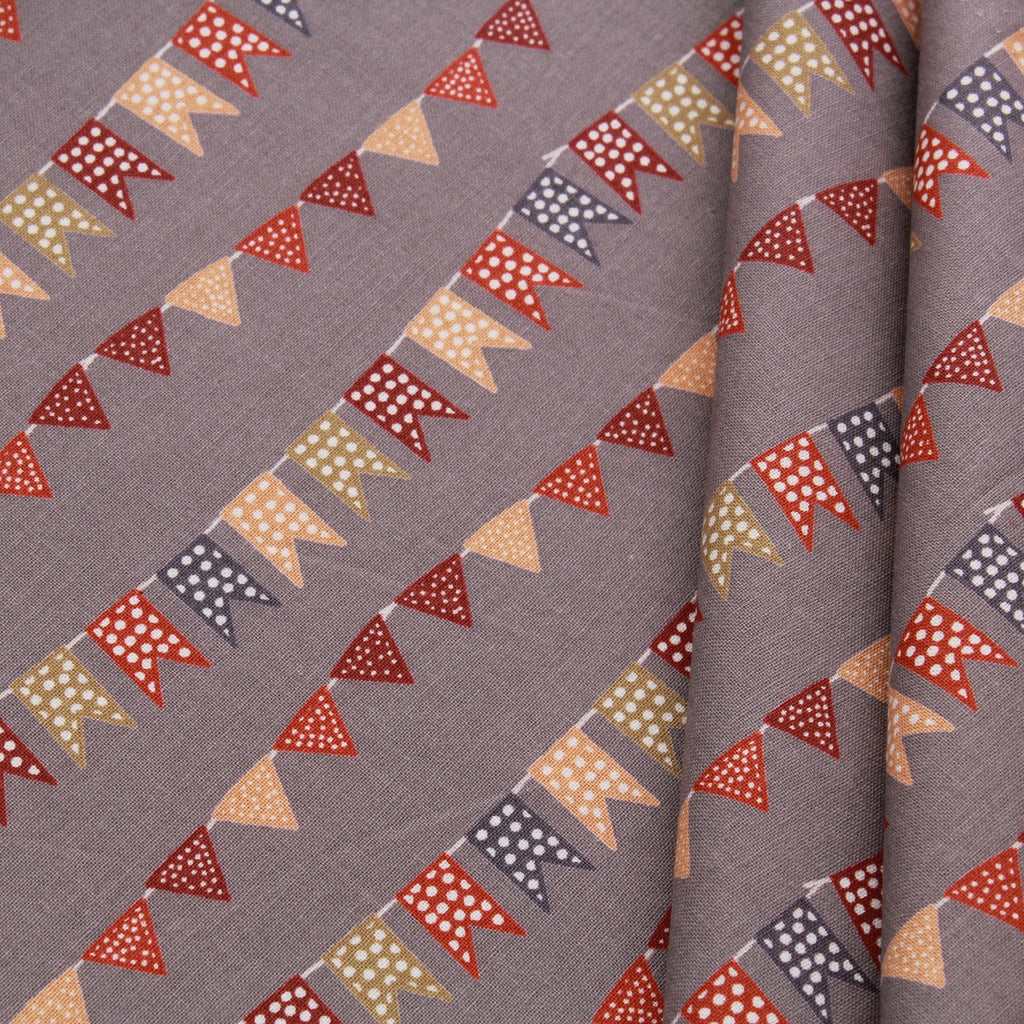 Circus Buntings Quilting Cotton, Grey, Circus Collection, FF296.3, Premium Cotton