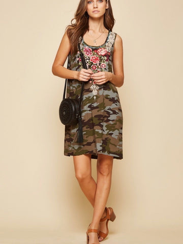 AN131522 Camo Embroidered Sleeveless Dress