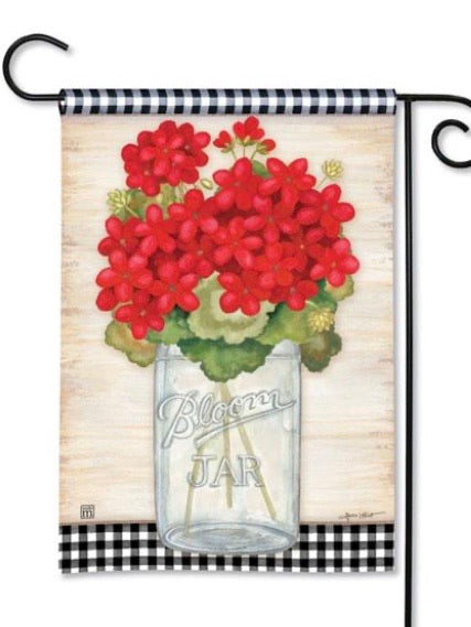 31834 Geranium Blooms Garden Flag (Flag Stand Sold Separately)