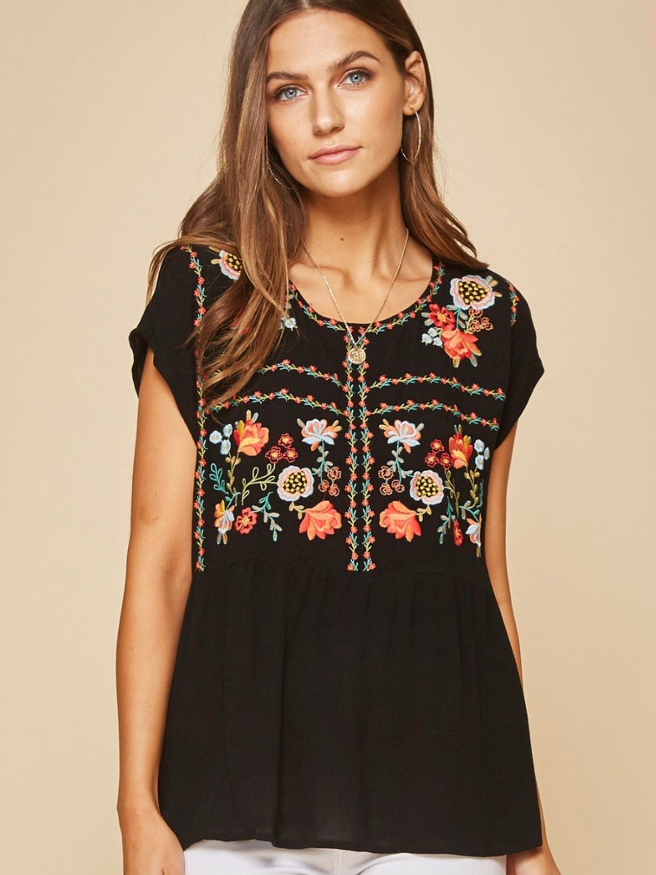 AN131519 Black Embroidered Top