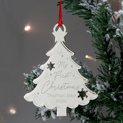 Our personalised metal Christmas tree decoration is a beautiful keepsake gift for a little ones 1st Christmas.  Personalise this metal decoration with a name up to 12 characters long and a date up to 4 characters long. 'My First Christmas' is fixed text.
