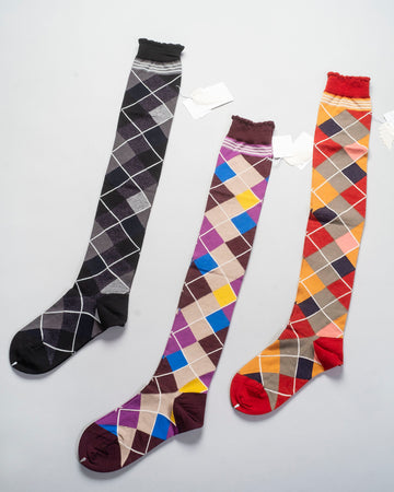 AM-412AKO, noodle stories, antipast, japan, women's, women, socks, socks, argyle, knee, black, red, wine, knit, knitted, jacquard, diamond, harlequin