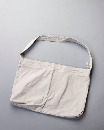 zip top messenger tote