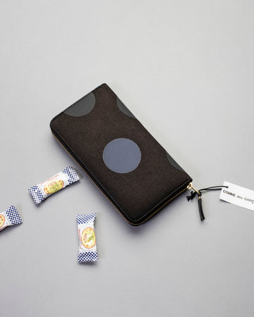 rubber dot rectangular wallet