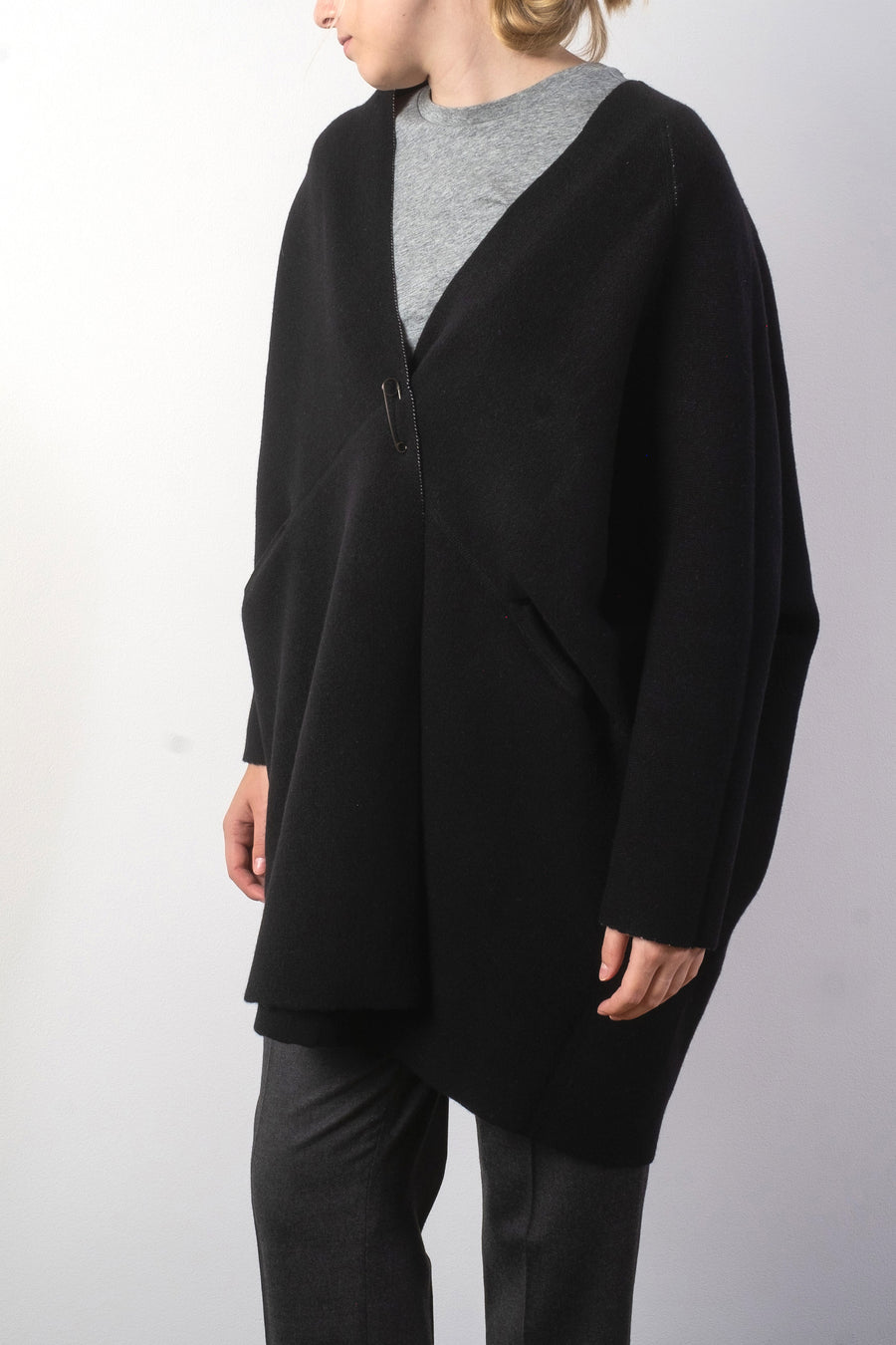oyuna reversible pod jacket in black ivory wool cashmere cardigan noodle stories