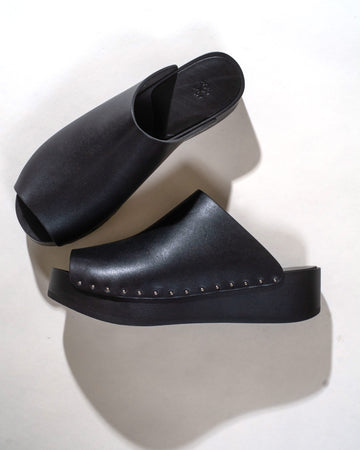 open toe clogs