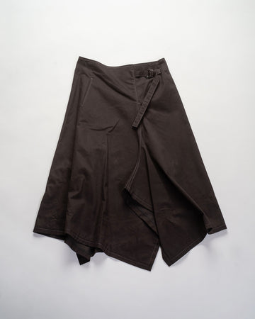 asymmetric belt skirt