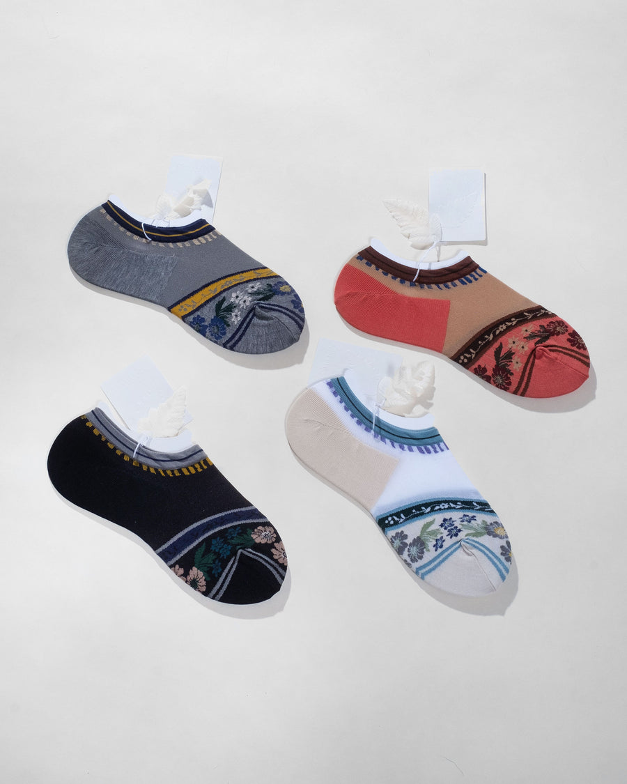 garland ankle socks