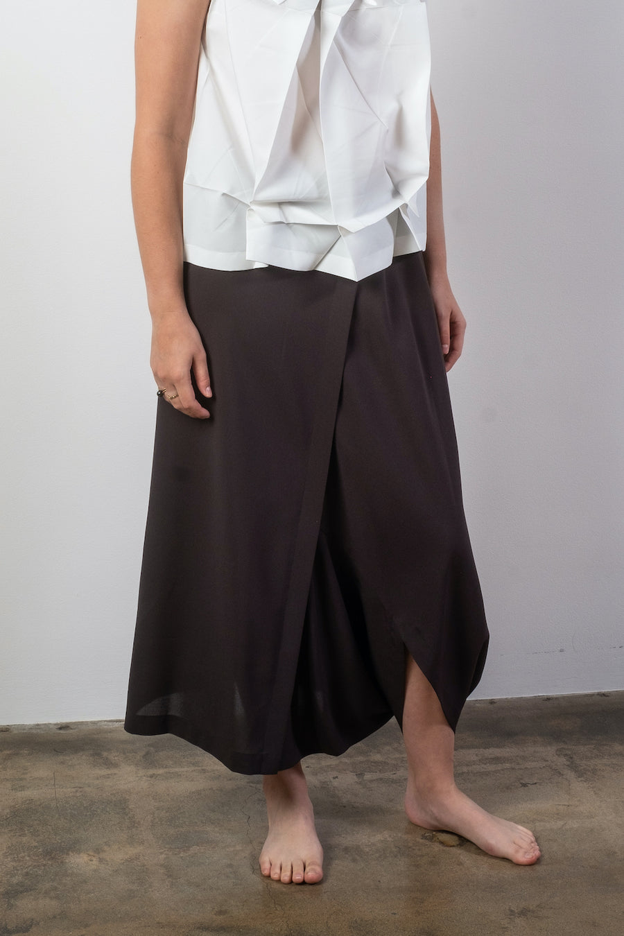 IL88FJ001 issey miyake sleeveless top shirt origami white silver poly polyester pleat pants pleats pleated women's women noodle stories