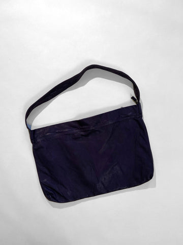 wide zipper tote