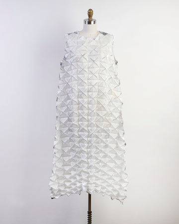 frost sleeveless origami dress