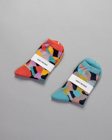 ISSEY, MIYAKE, IM08, AI105, IM08AI105, WOMENS, WOMEN'S, NOODLE, STORIES, SOCKS, MARBLE, PATTERN, PRINT, CREW, ORANGE, HUED, LIGHT, BLUE, HUED,