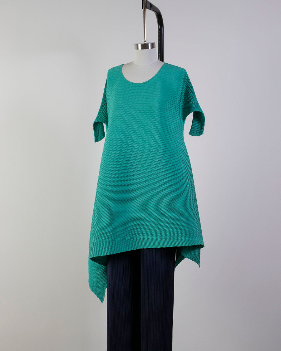 ISSEY, MIYAKE, IM08FH113, COLORFUL, BITS, PLEATS, DRESS, TUNIC, CREW, NECK, OPEN, THREE, QUARTER, SLEEVES, ELBOW, POLYESTER, COLORFUL, BITS, BLUE, TEAL, AQUA, GREEN,