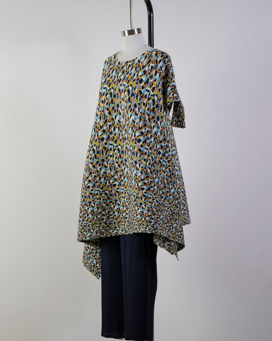 ISSEY, MIYAKE, IM08FH113, COLORFUL, BITS, PLEATS, DRESS, TUNIC, CREW, NECK, OPEN, THREE, QUARTER, SLEEVES, ELBOW, POLYESTER, COLORFUL, BITS, PRINT, BLUE, HUE,
