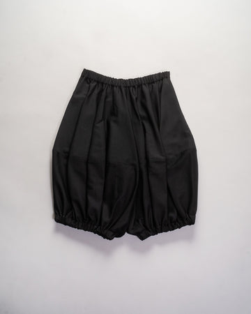 NF-P001 comme des garçons girl women's wool gabardine parachute gathered cocoon shorts pants in black noodle stories cdg