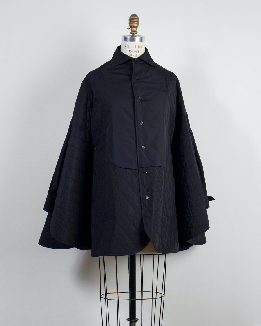 NOIR, KEI, NINOMIYA, COMME, DES, GARCONS, COAT, JACKET, 3F-B009-051, NOODLE, STORIES, WOMEN, WOMEN'S, COTTON, BROADCLOTH, QUILTED, CAPE, SHIRT, SLEEVES, COLLAR, OVERSIZED, SWING, BUTTON, BLACK,