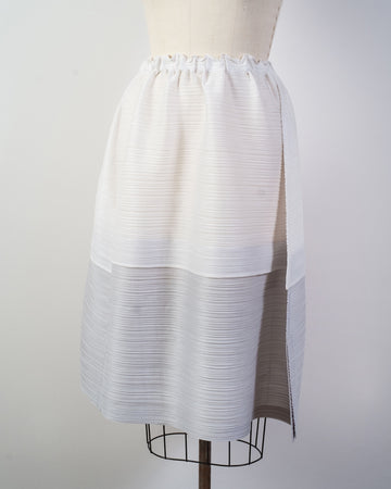 PP08 JG512 issey miyake womens women's pleats please japan poly polyester stone gradation skirt drawstring gathered seamed layered white light grey gray noodles stories