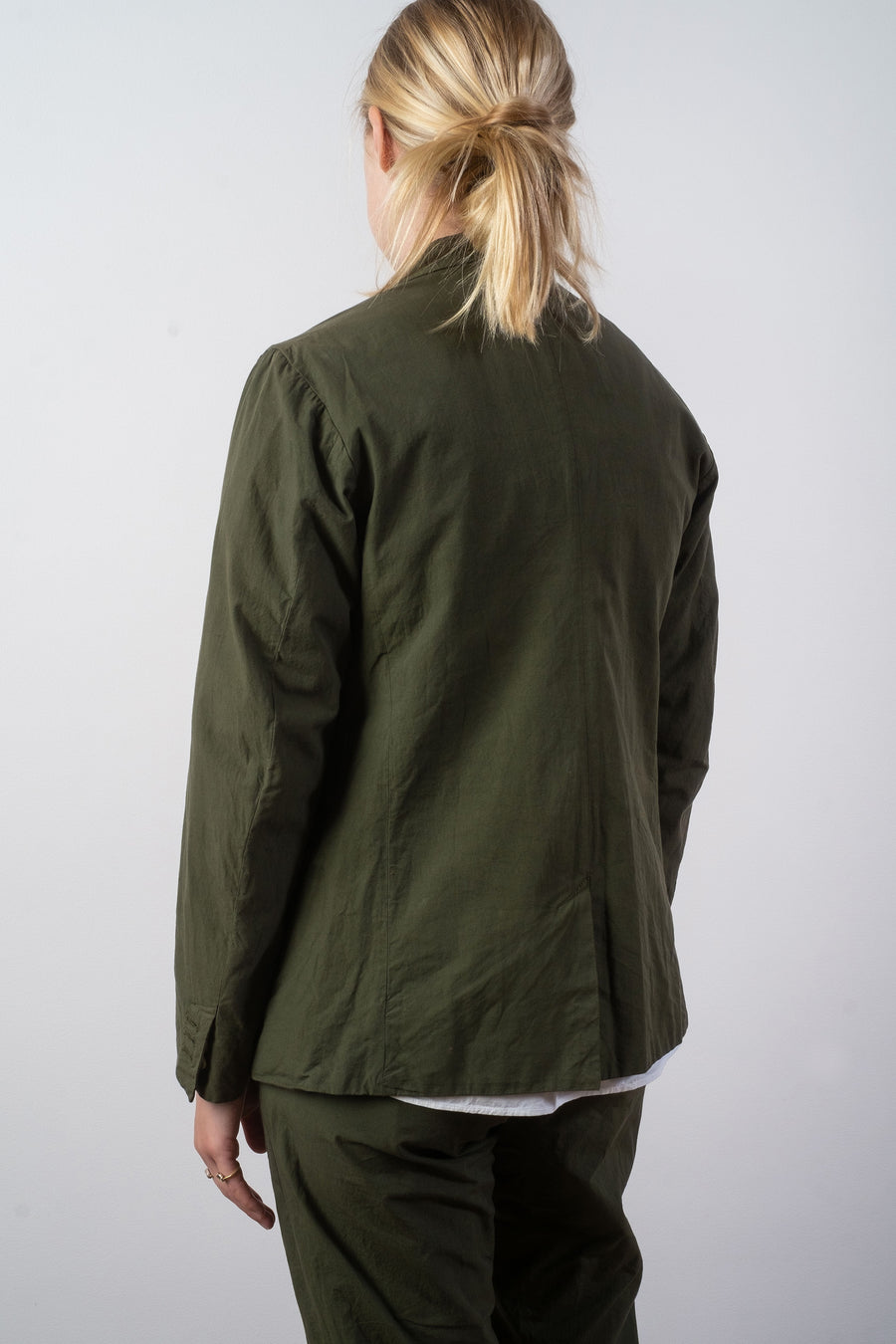 arts & science women's cotton tailored jacket in laurier green | noodle stories