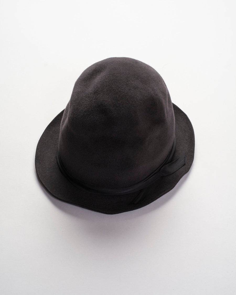 lazy high cut hat