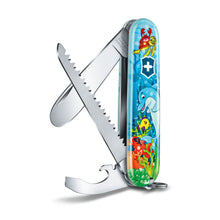 Laden Sie das Bild in den Galerie-Viewer, My First Victorinox Children Set, Delfin Edition