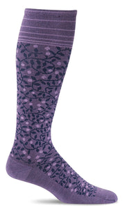 Sockwell-Women's New Leaf | Firm Graduated Compression Socks- Plum