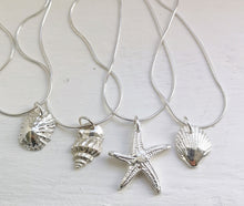 Load image into Gallery viewer, Solid Silver Starfish Pendant