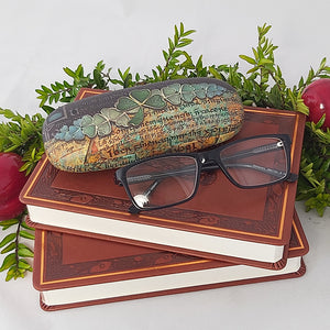 CGL12 - Shamrock Manuscript Glasses Case