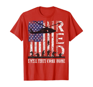 RED Friday Remember Everyone Deployed US Flag Army Vintage T-Shirt