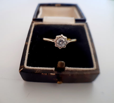 Vintage 18ct Gold Diamond Solitaire