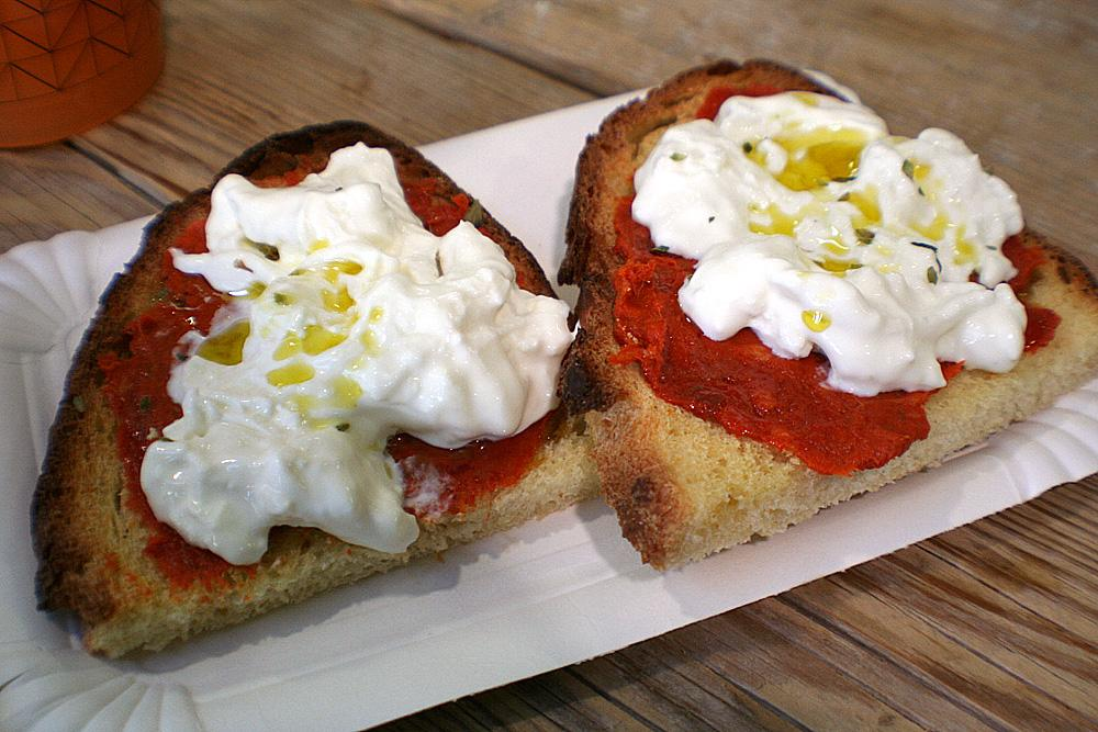 Bruschetta Con N'duja e Burrata (Serving 4 people)