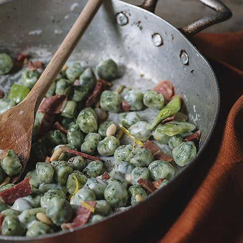 Green Gnocchi with Prosciutto and Bechamel
