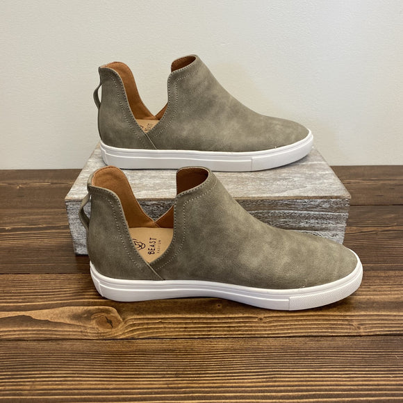 Grant Slip-On Shoes - Taupe