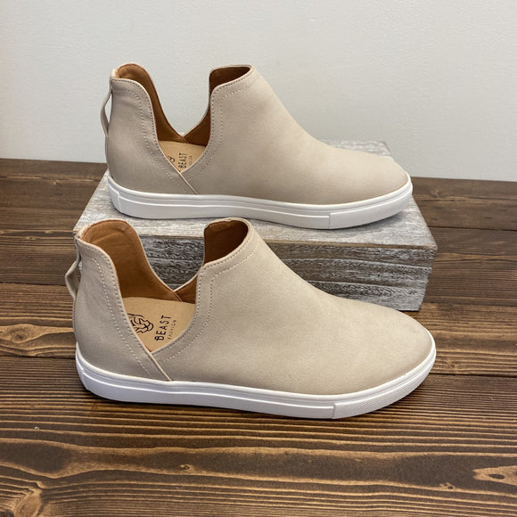 Grant Slip-On Shoes - Sand